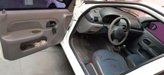 Fotos de Renault clio hatch rl 1.0 16v 5p gasolina básico 2002/2002 6