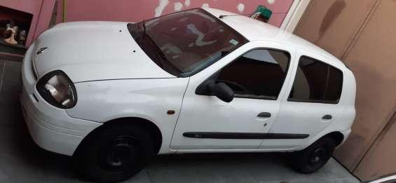Fotos de Renault clio hatch rl 1.0 16v 5p gasolina básico 2002/2002 3
